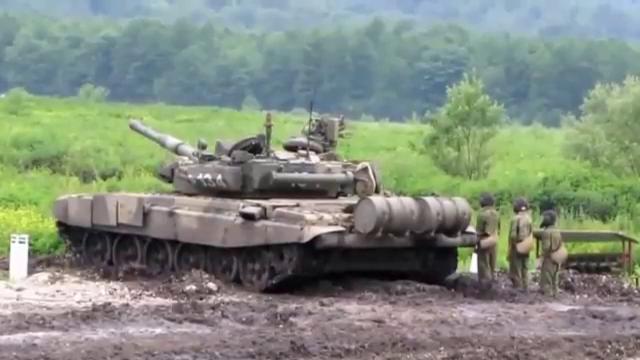러시아제 탱크 발포 장면
