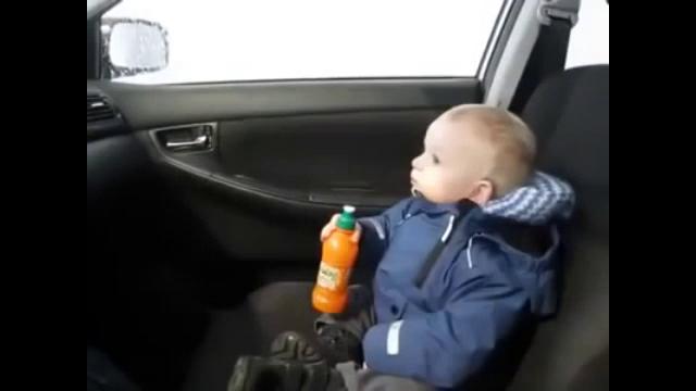 자동 세차장이 처음인 아이 귀염주의
